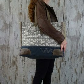 Myra Bag Big-Shopper Viviane persoon1
