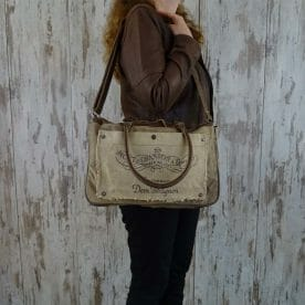 Myra Bag Schoudertas Diane persoon1