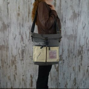 Myra Bag Schoudertas Robin persoon1