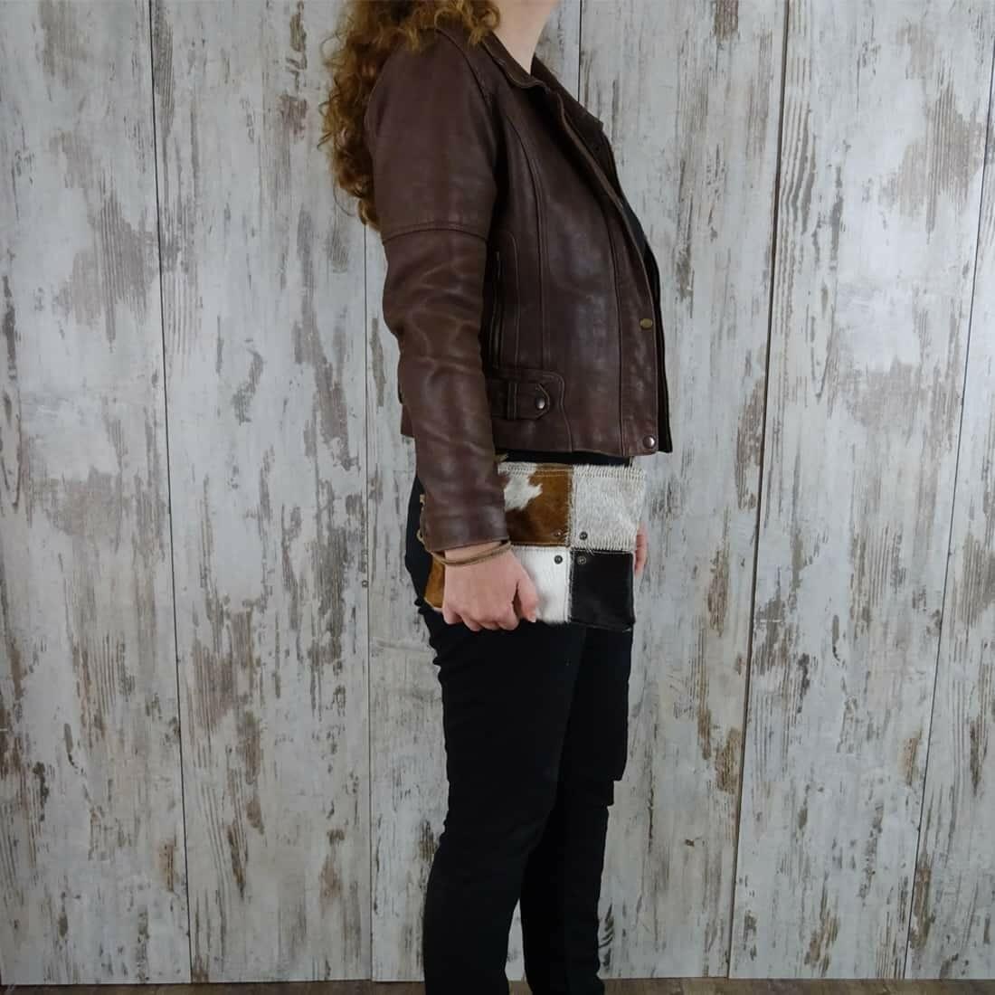 Myra Bag Clutch-Fanetta persoon2